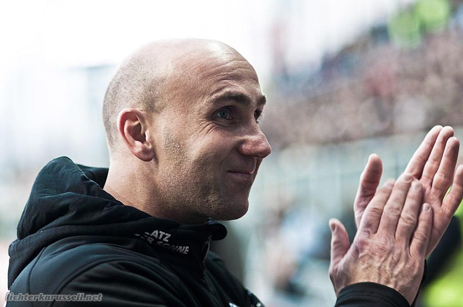 Schubidu: André Schubert - Darf Cheftrainer beim FC St. Pauli bleiben